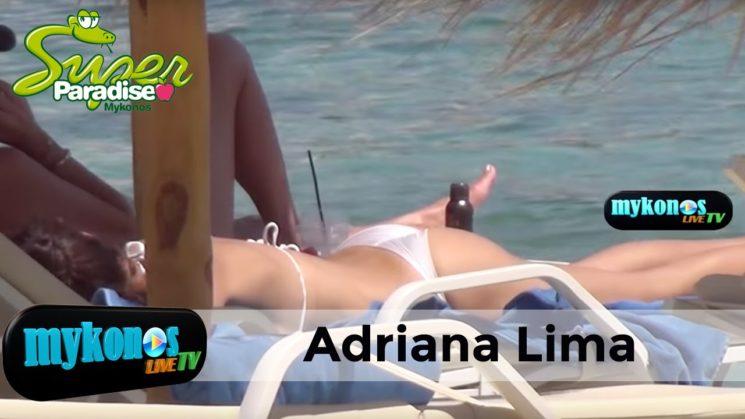 «ελιωσε» τη Μυκονο με το μπικινι της η Adriana Lima