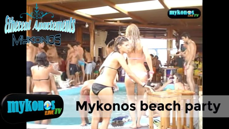 Mykonos beach party fuori dei limiti con Sasa a Tropicana Club
