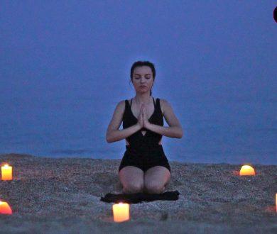 BEACH YOGA: RELAX & FEEL THE BREEZE OF MYKONOS